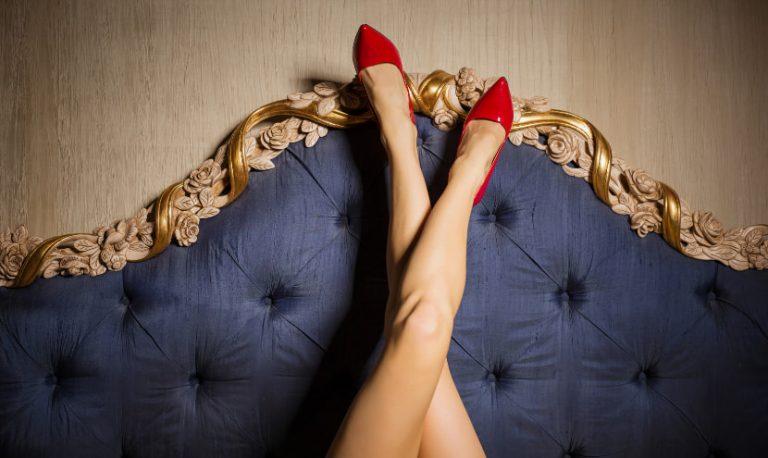 come mettere ai tuoi piedi un narcisista