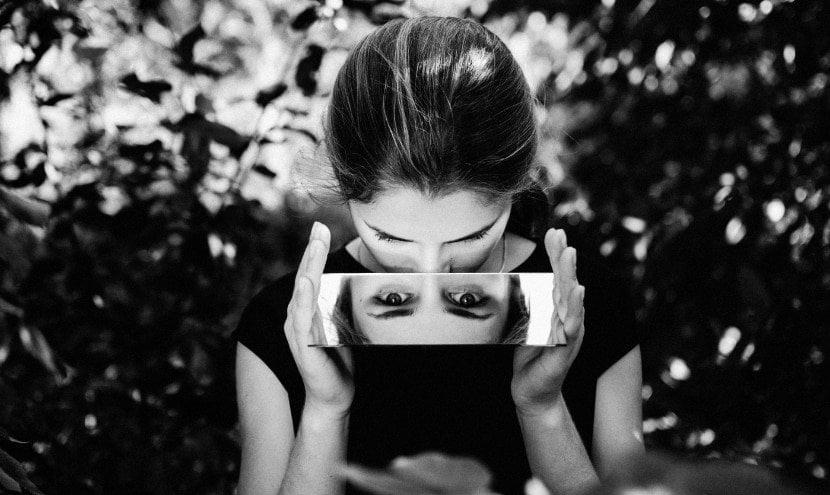 come sottomettere un narcisista