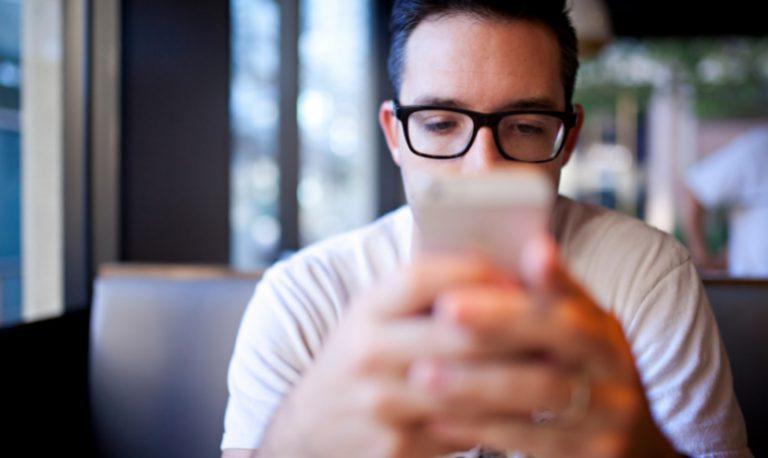 narcisista e whatsapp